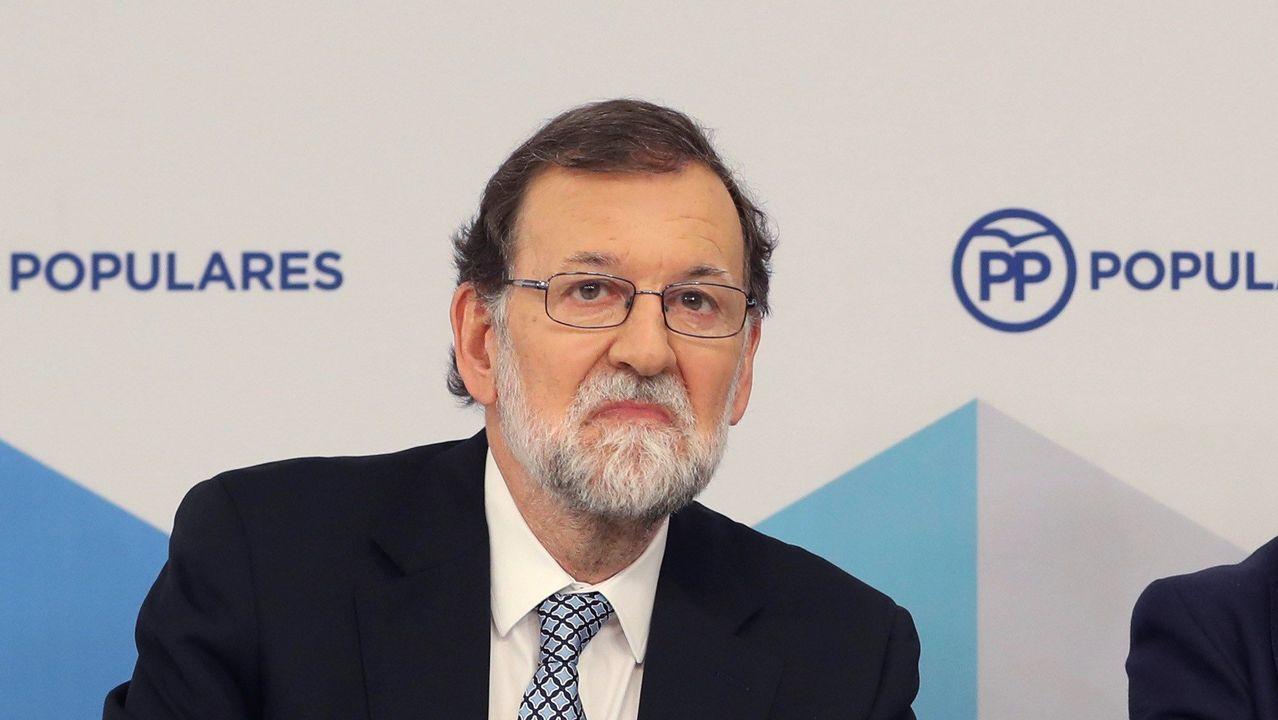 Rajoy: «Ha llegado el momento de poner el punto final».Graduación de los alumnos de Medicina, en la Universidade de Santiago de Compostela