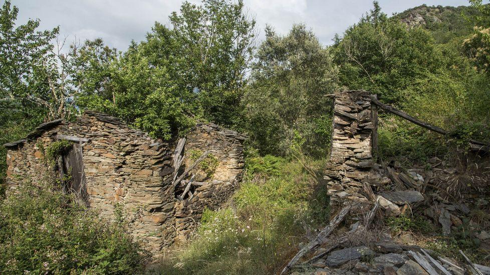 Las antiguas construcciones de la aldea se encuentran hoy en estado de ruina