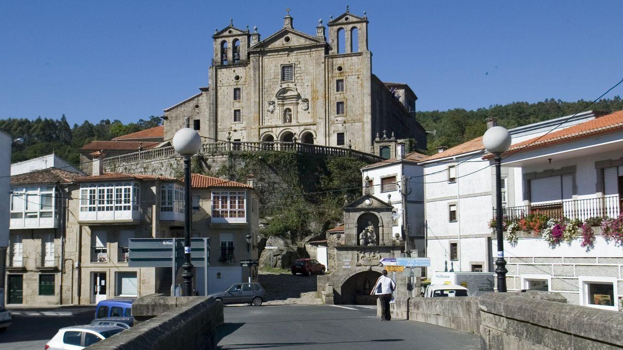 La pasarela de la intermodal entra en su fase final.La autovía Lugo-Ourense tiene desde esta semana 8,8 kilómetros construidos y en uso