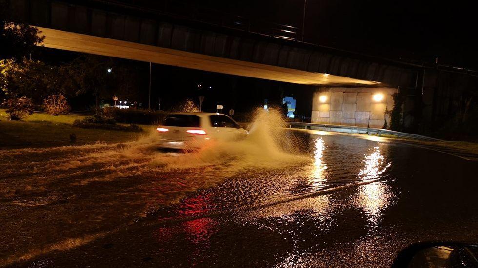 Elsa en Portonovo y Sanxenxo.La lluvia de los últimos días inunda zonas de la ribera en Canabal, en el municipio lucense de Sober