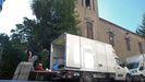 Un momento del rodaje de «Live is life» en una calle de Monforte durante el verano del año pasado