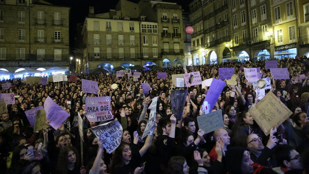 Las imágenes del 8M en Ourense.Concentración del 8M. Día de la Mujer