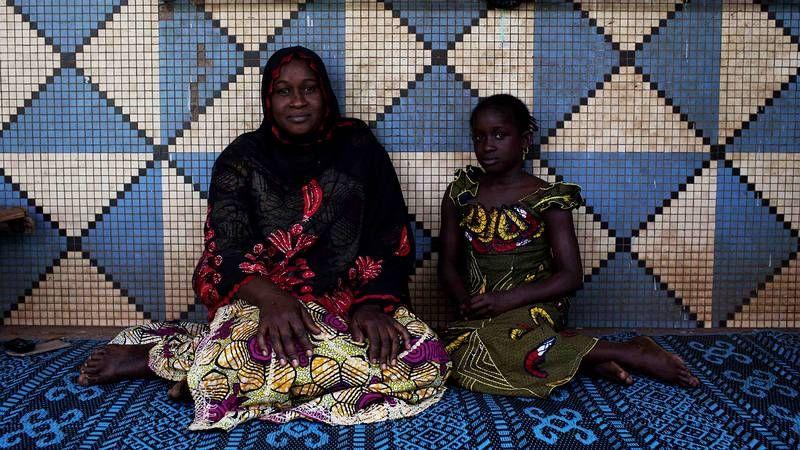 Madres e hijas alrededor del mundo