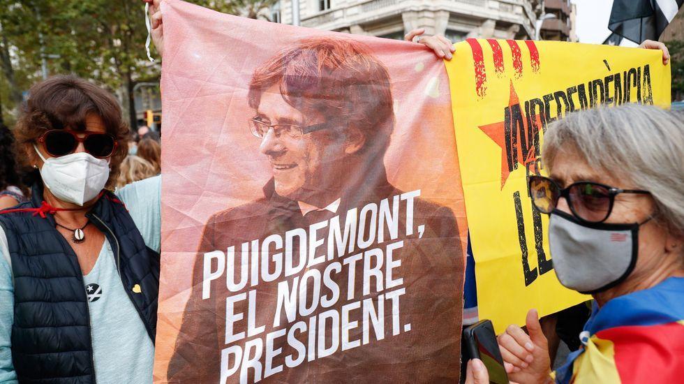Puigdemont abandona la prisión de Cerdeña sin medidas cautelares.Manifestaciones en Barcelona contra la detención de Puigdemont