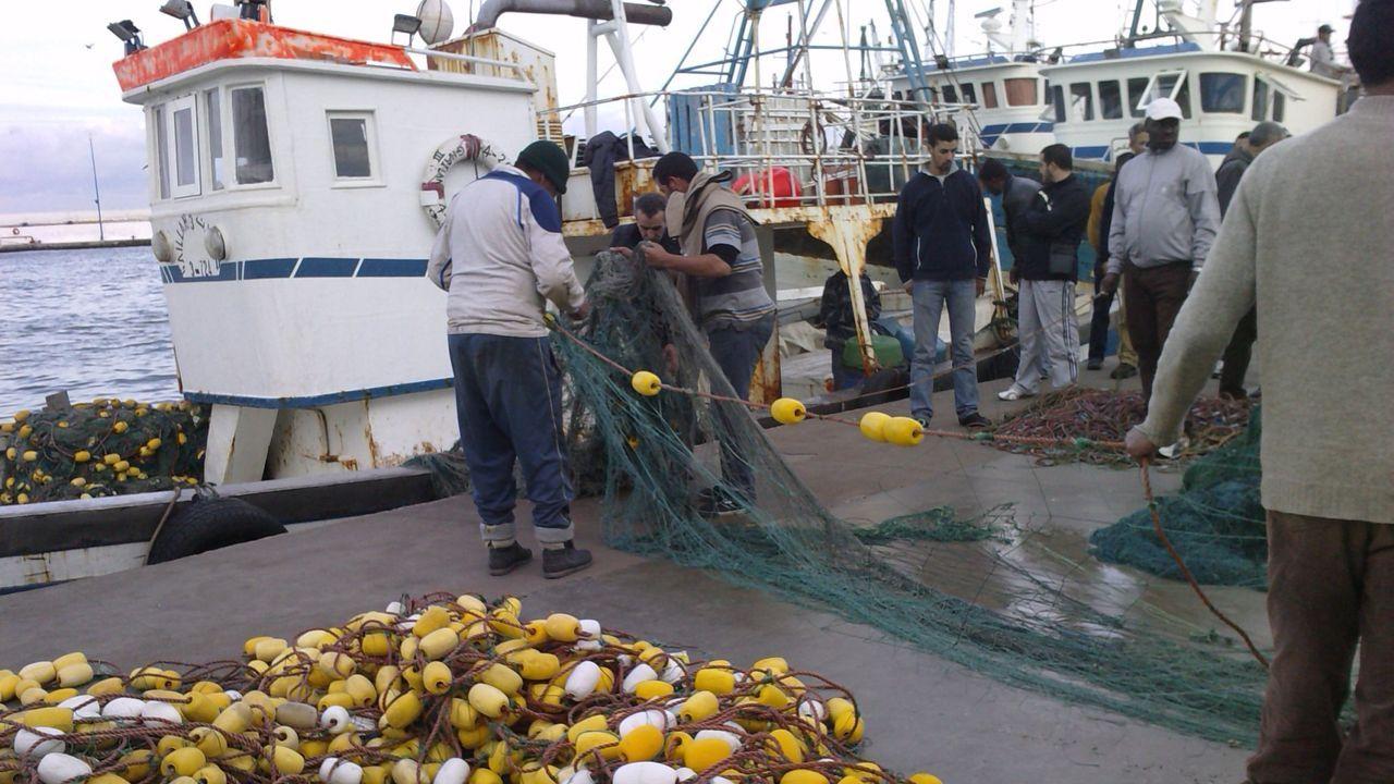 Barco de Marruecos con el alijo de coca visto desde el buque de la Armada Española poco antes del abordaje frustrado
