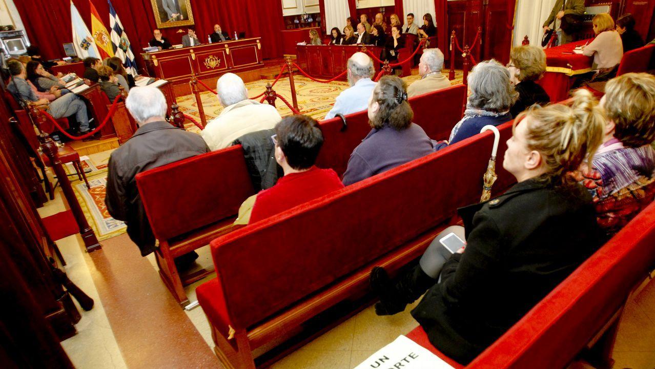 Constitucion del Consello das Mareas , En Marea.Alexandre Carrodeguas, Jorge Suárez y Carlos del Río