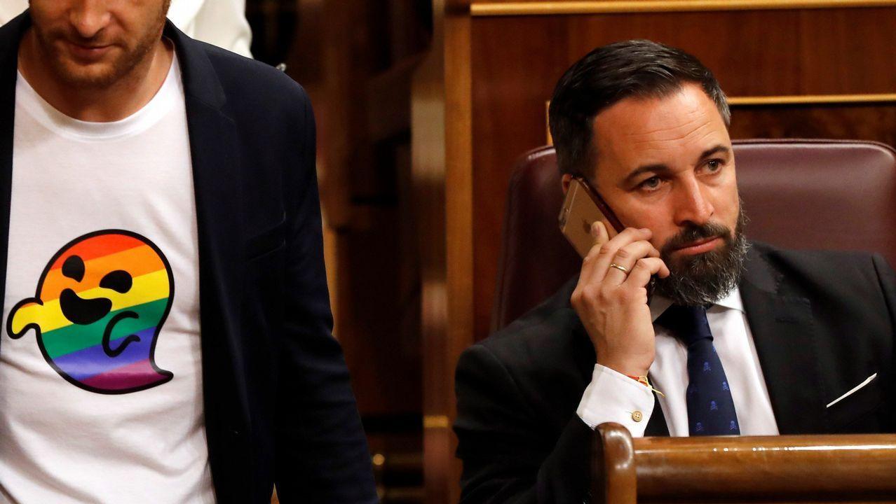 Santiago Abascal, en un escaño del Congreso