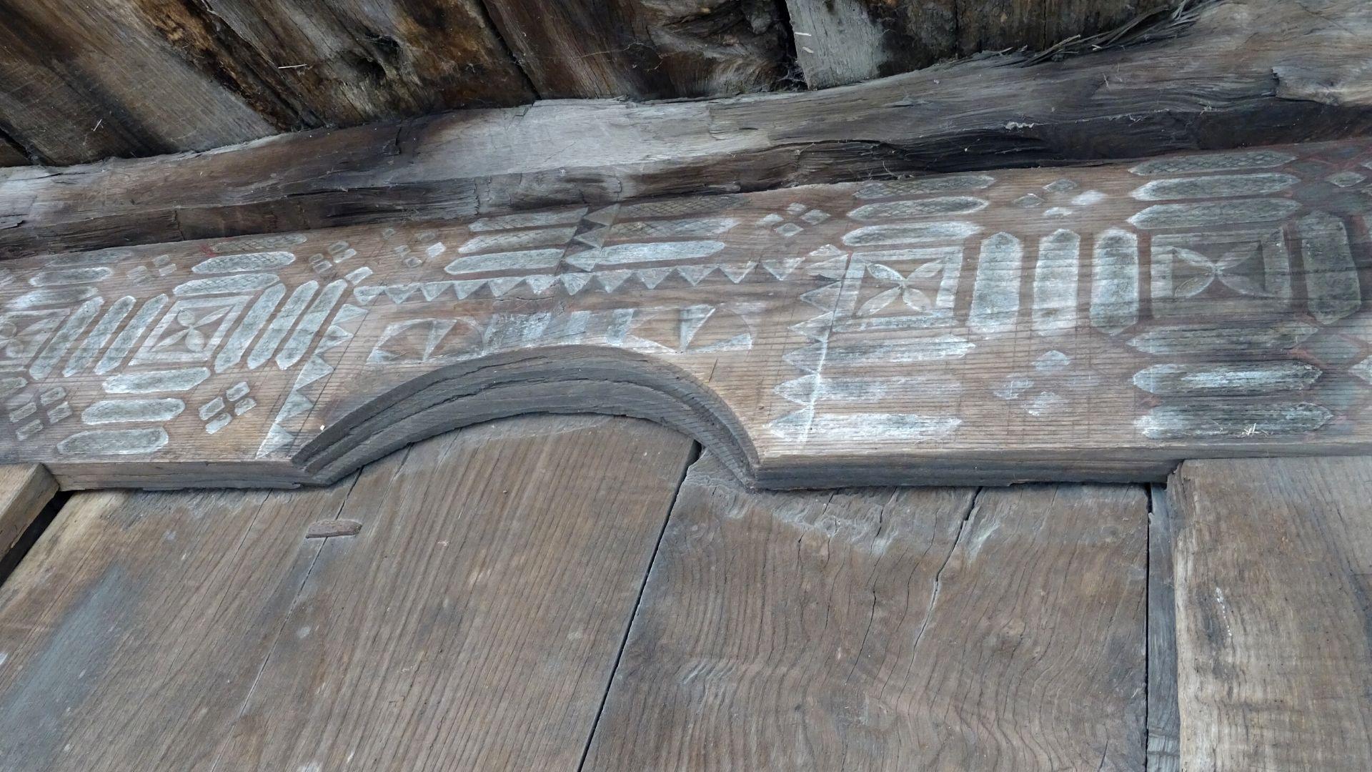 Otra muestra de la decoración continua de este horro del siglo XVI