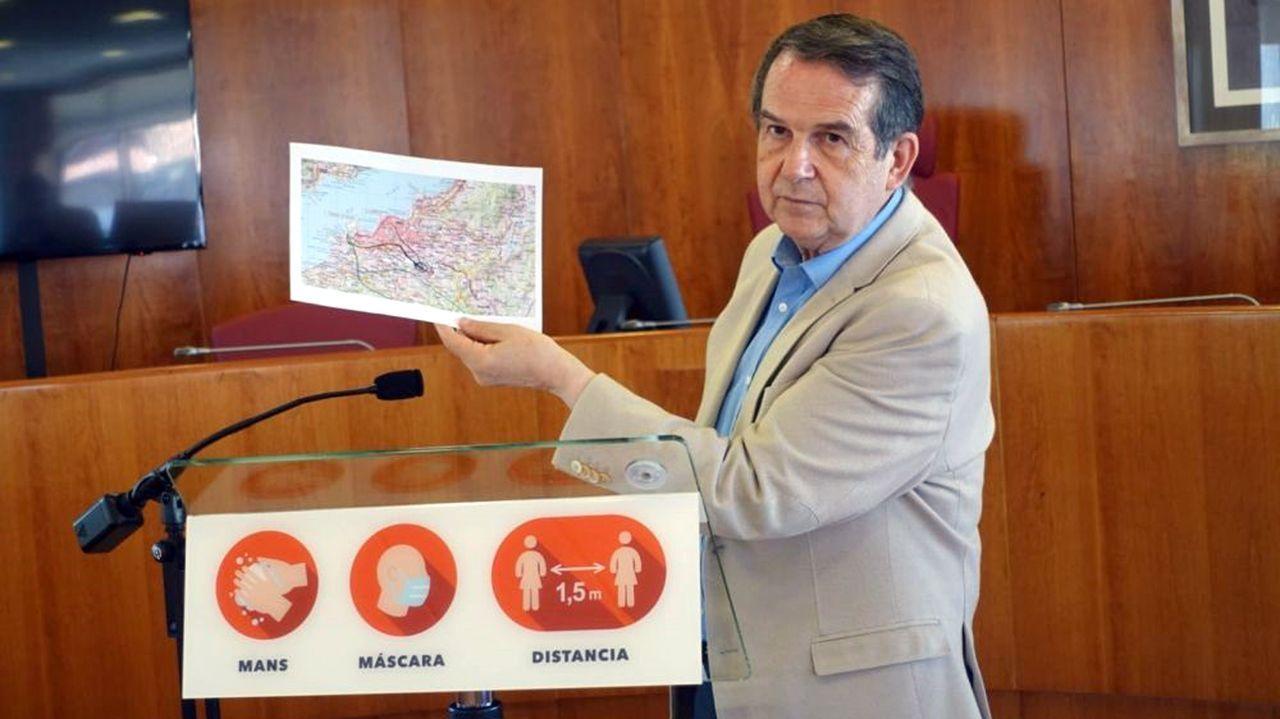 El presidente de la Xunta, Alberto Núñez Feijoo, visita Stellantis