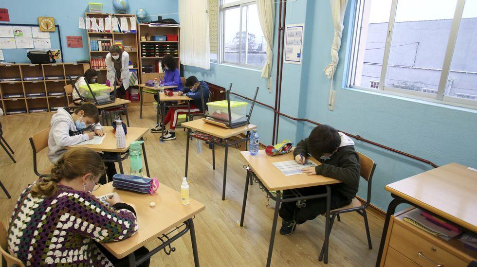 El protocolo gallego indica que las ventanas de las clases tienen que estar abiertas el máximo tiempo posible