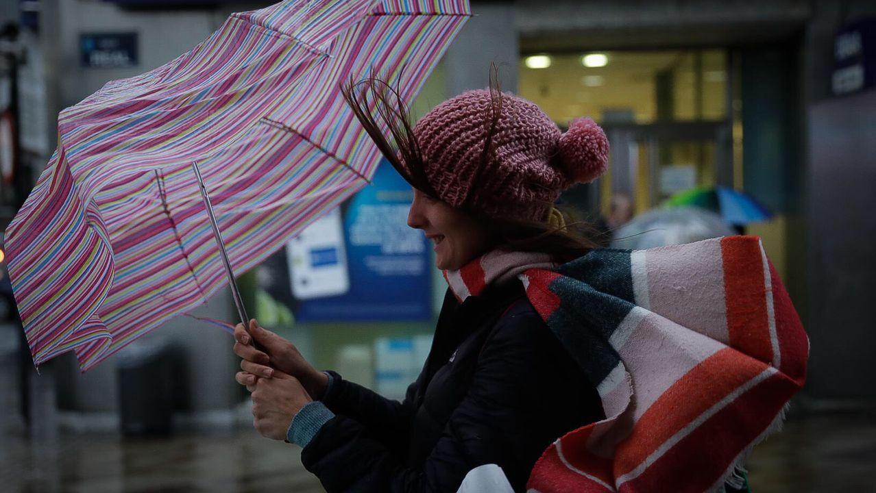 Hoy es difícil abrir el paraguas en Galicia
