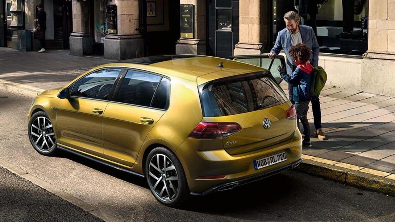 Este año está prevista la renovación de la referencia entre los compactos, el Golf de Volkswagen. De la séptima generación, que lleva varios años a la venta, se comercializaron 27.090 vehículos