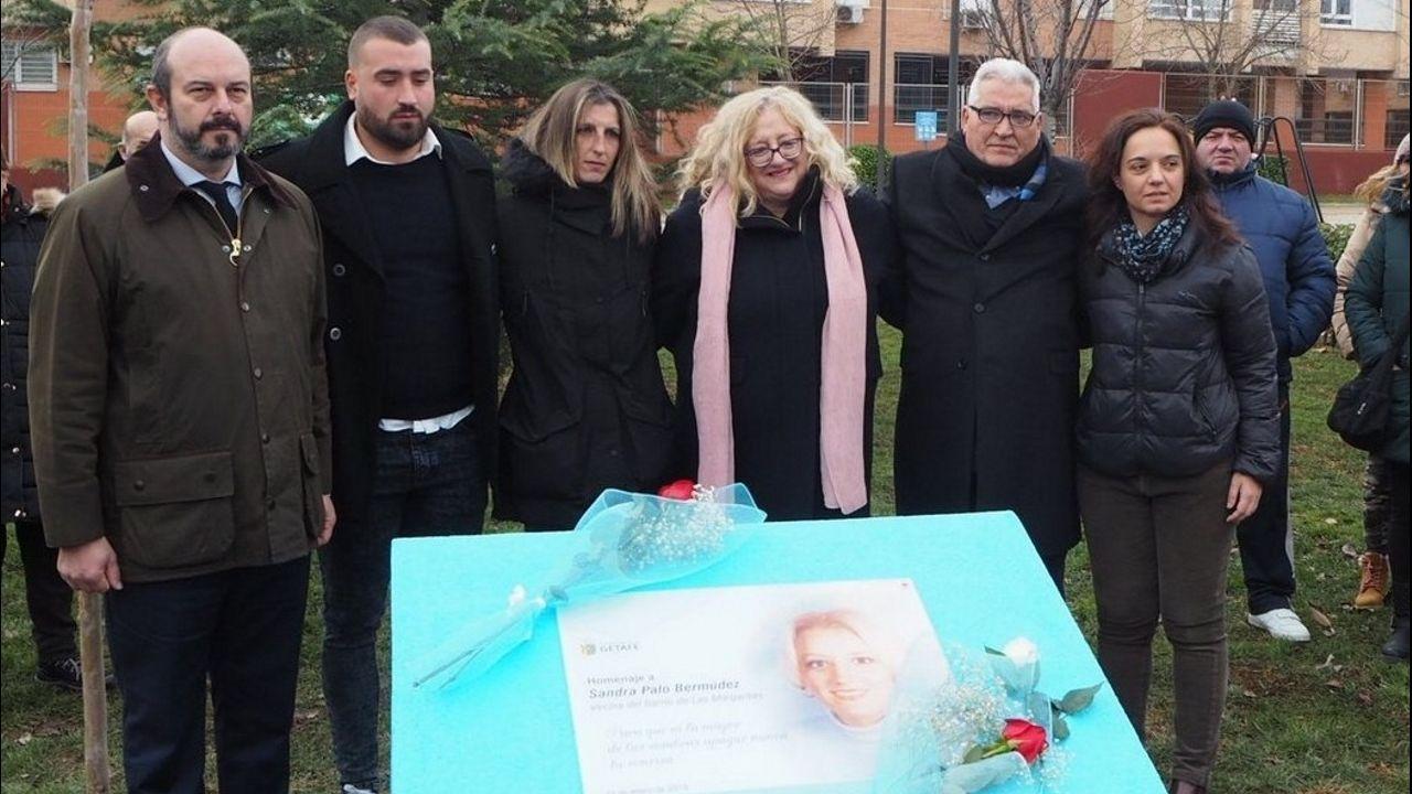 Imagen de archivo del homenaje del Ayuntamiento de Getafe a Sandra Palo con el descubrimiento de una placa en su memoria