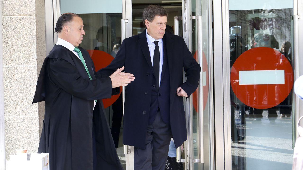 Juan Carlos Quer sale del juzgado durante un receso en la cuarta jornada del juicio