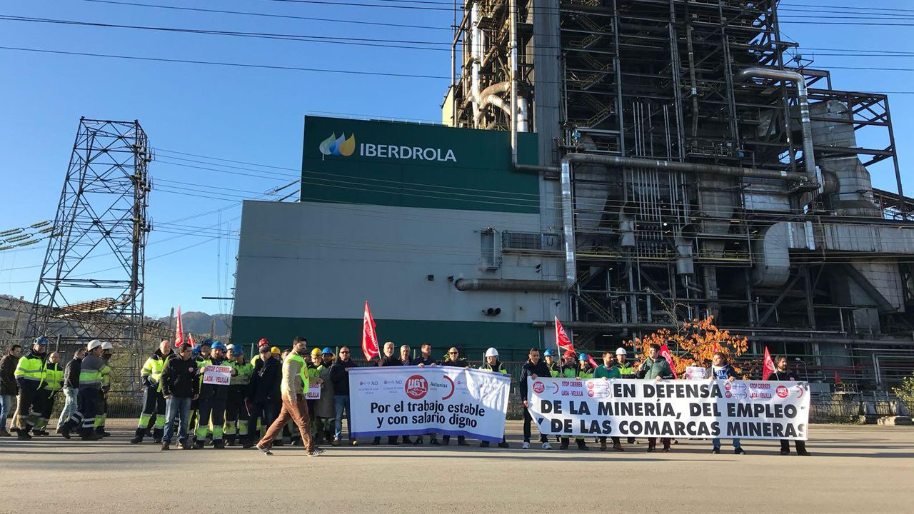 Trabajadores de Iberdrola durante las protestas
