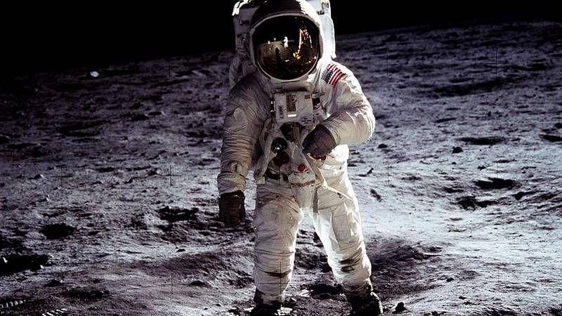 El último viaje de Armstrong.La astrofísica, en el planetario de la Escuela de Náutica, donde es profesora.
