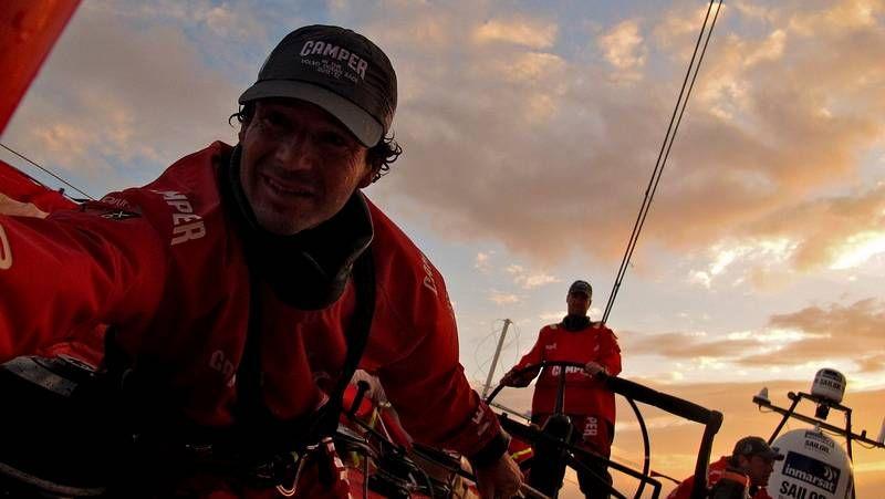 renzi_xxl.Las embarcaciones del Team Campos objeto de la polémica se encuentran en la actualidad en el puerto de Sanxenxo, al fondo de la foto.