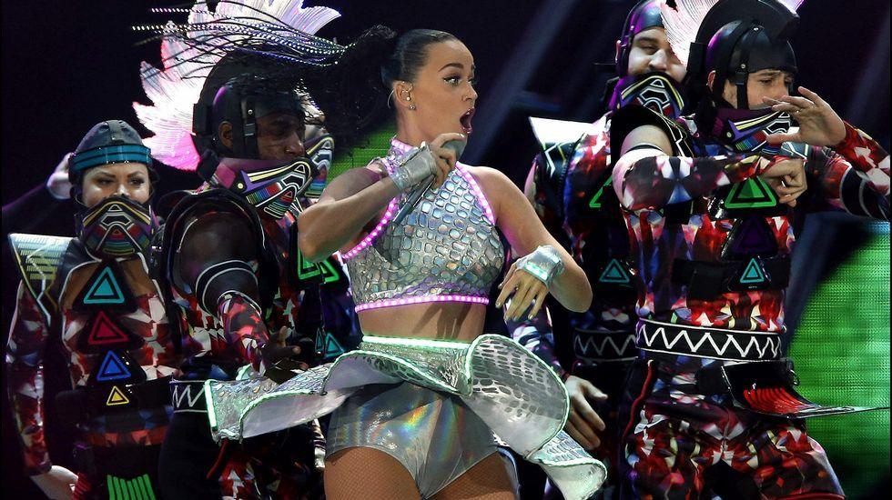 Así es el polémico videoclip de Rihanna.Jennifer Lawrence