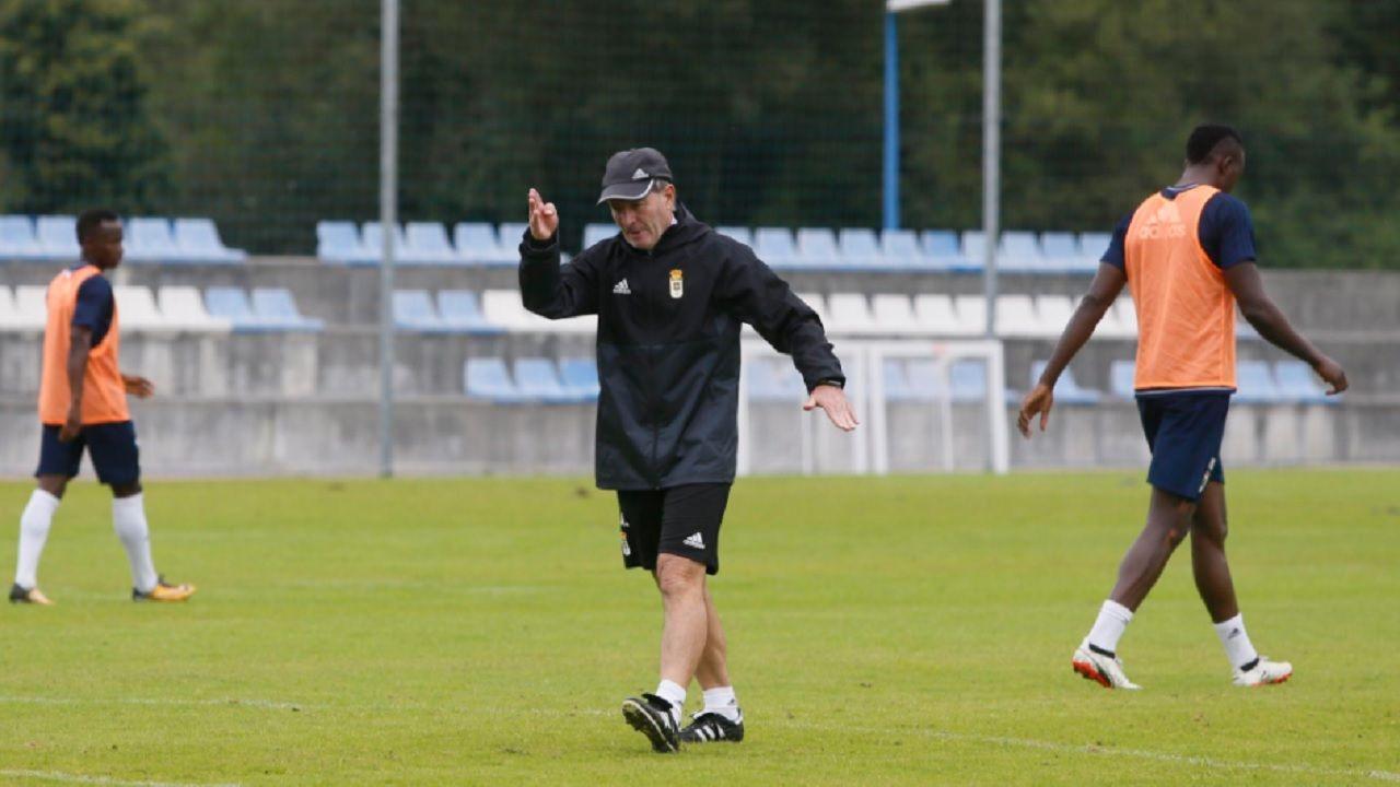 Anquela Requexon Real Oviedo.Anquela, en El Requexón durante el entrenamiento