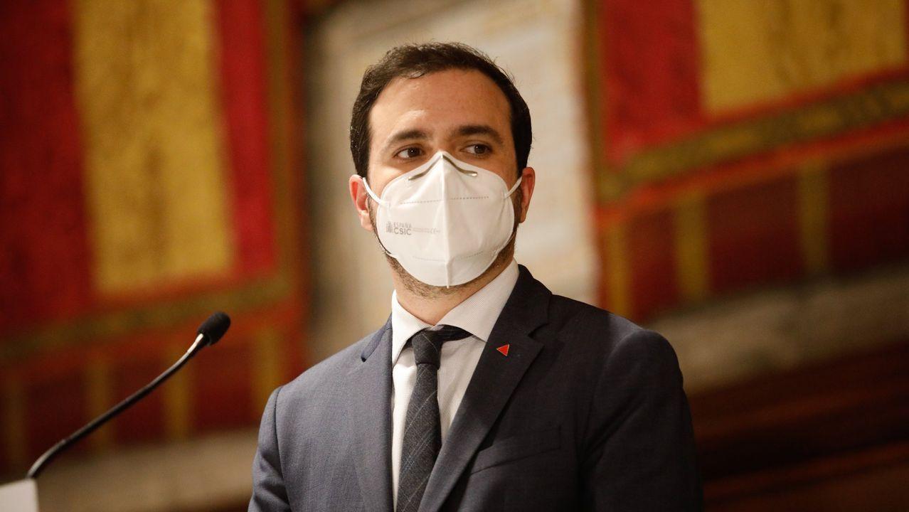 Nuevo Gobierno de Sánchez julio 2021.Garzón, con una mascarilla FFP2