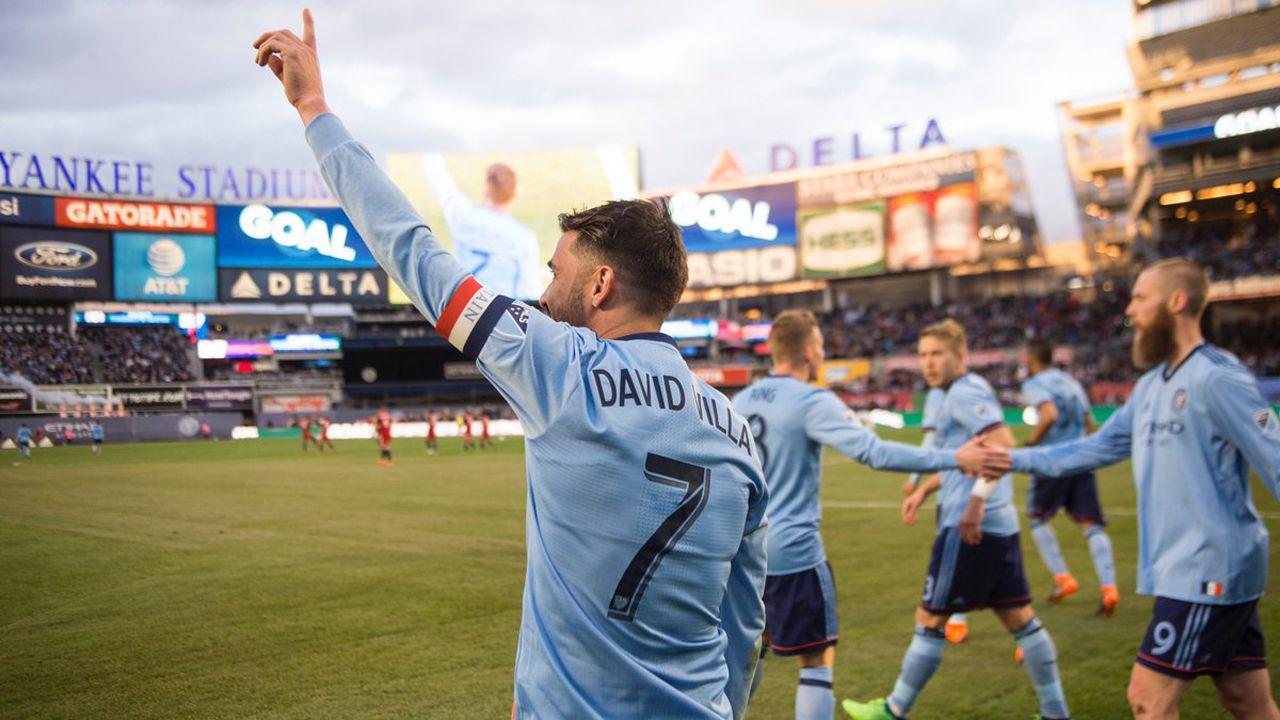 Lasiesta se implanta en Manhattan.David Villa tras marcar su gol número 400