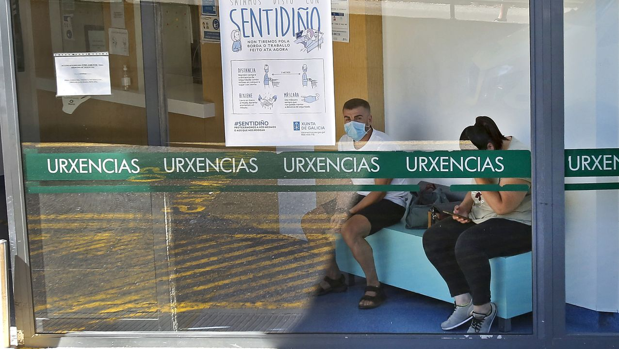 El presidente de Òmnium Cultural, Jordi Cuixart, a su llegada a la sede de la entidad horas después de alcanzar u clasificación de preso en tercer grado, en régimen de semilibertad, el pasado mes de julio en Barcelona