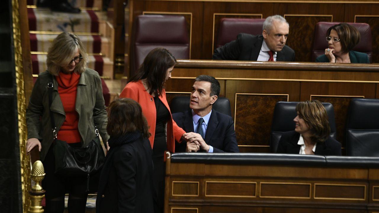 Sánchez solo comparte su estrategia con si círculo de confianza, entre los que está Adriana Lastra