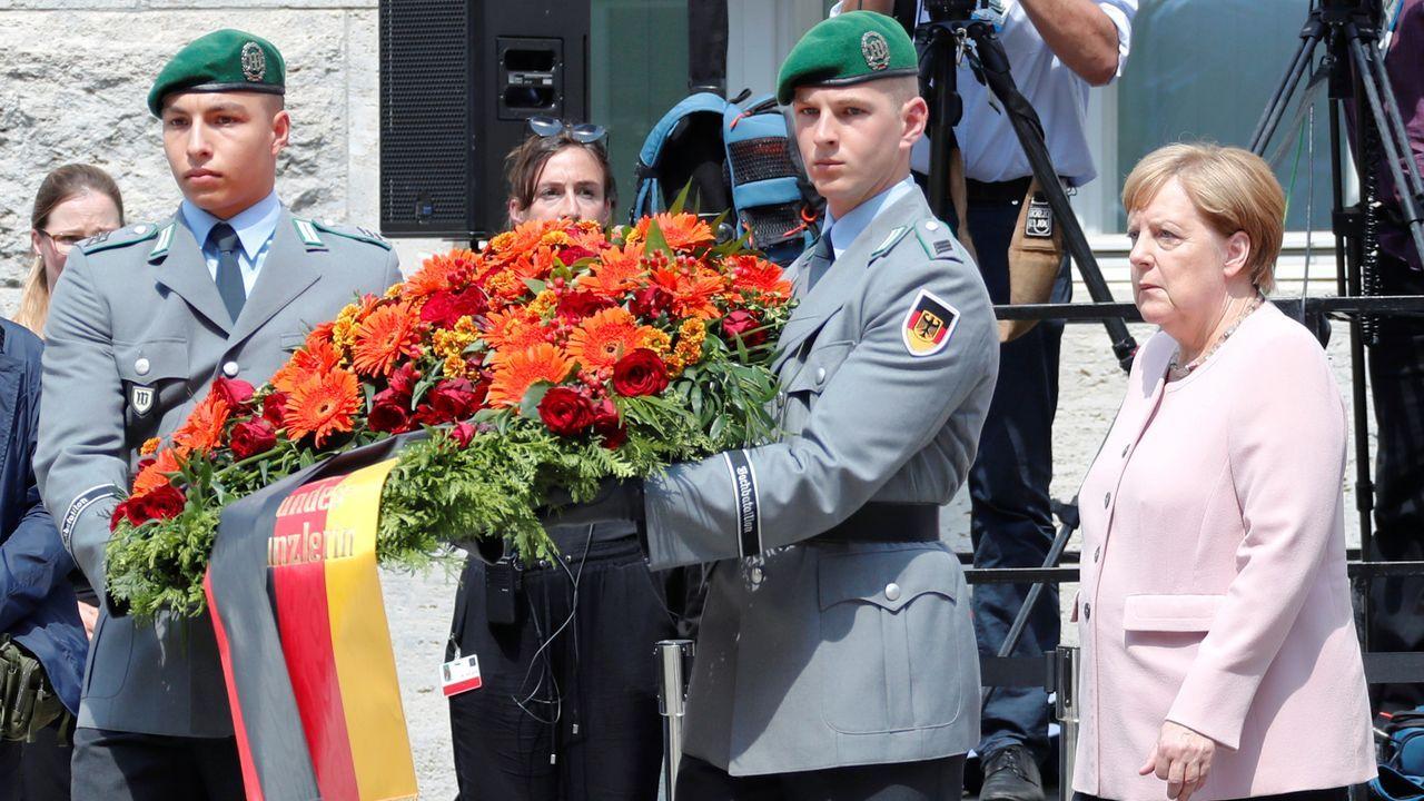 Tras asumir su cargo como ministra de Defensa, Annegret Kramp-Karrenbauer se fue a visitar un destacamento militar y conocer de primera mano los problemas del Ejército alemán