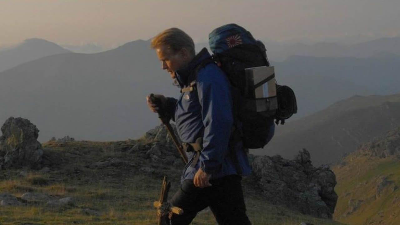 CAMINO DE SANTIAGO. «The way» (Emilio Estévez, 2010). El hecho de que Martin Sheen recorriera el Camino popularizó la ruta en Estados Unidos.