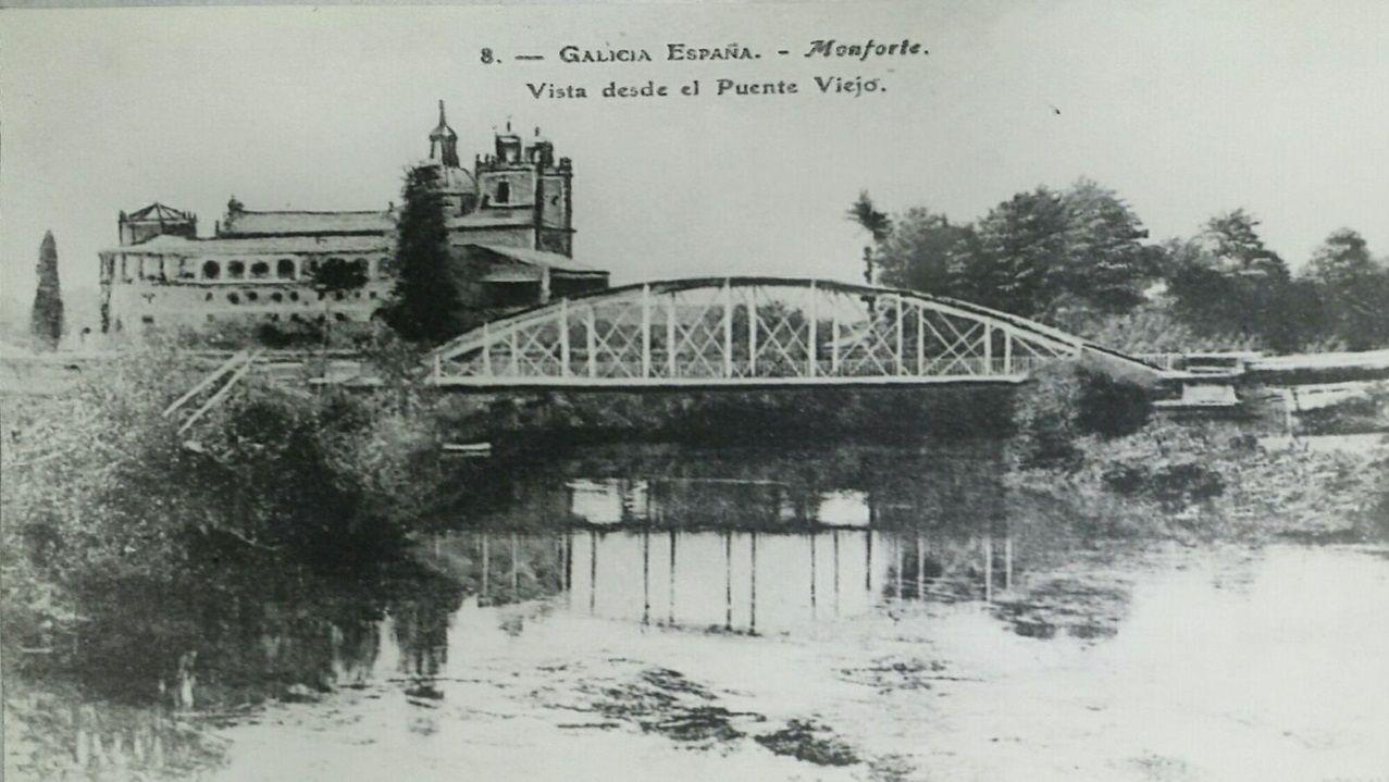 Fotografía del puente de hierro a principios del siglo XX. El nuevo puente deberá tener un aspecto similar