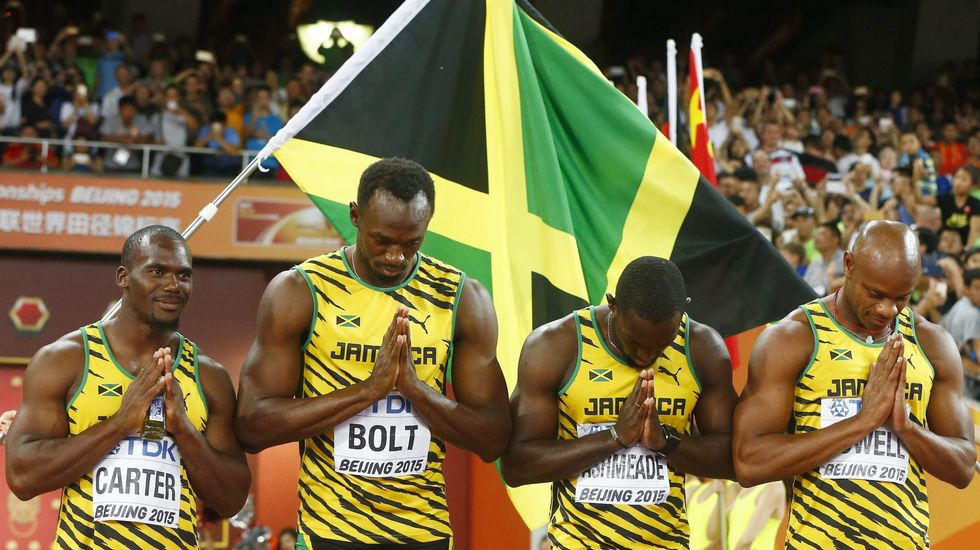 Nesta Carter, a la izquierda, junto a Bolt