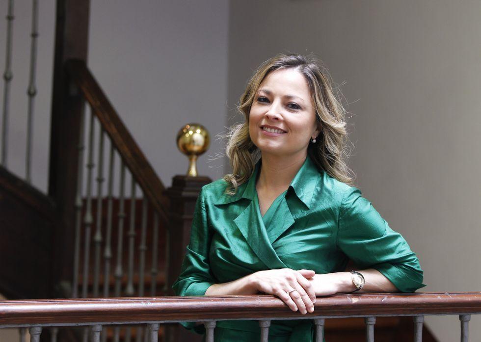 María Cadaval Sampedro, en el interior de las dependencias del vicerrectorado de la universidad<span lang= gl >. </span>