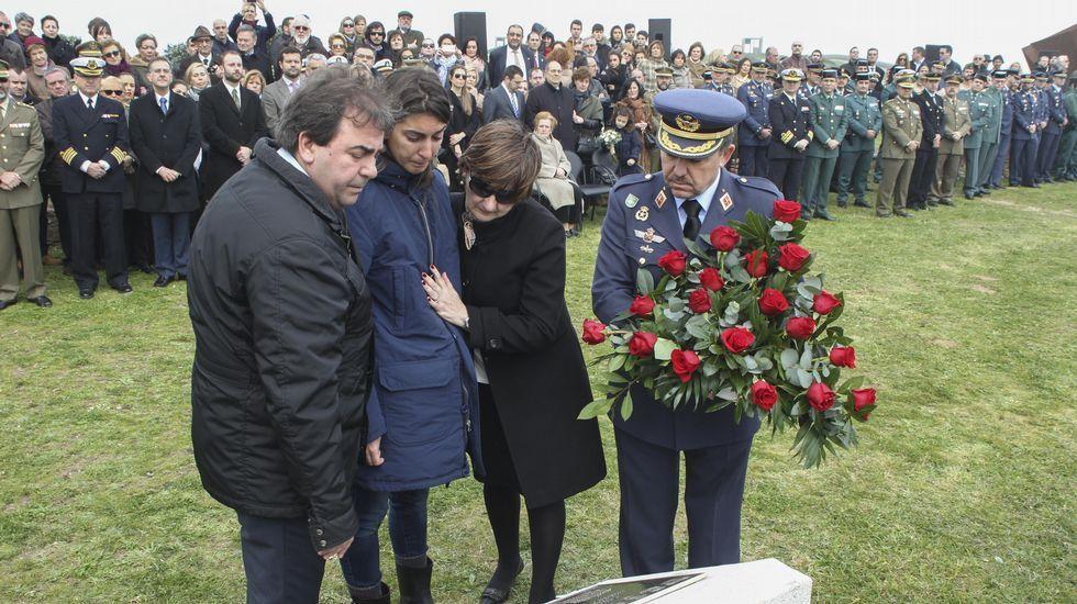 Homenaje al capitán Daniel Peña Valiño.Inmigrnates atraviesan la frontera entre Grecia y Macedonia por Gevgelija.