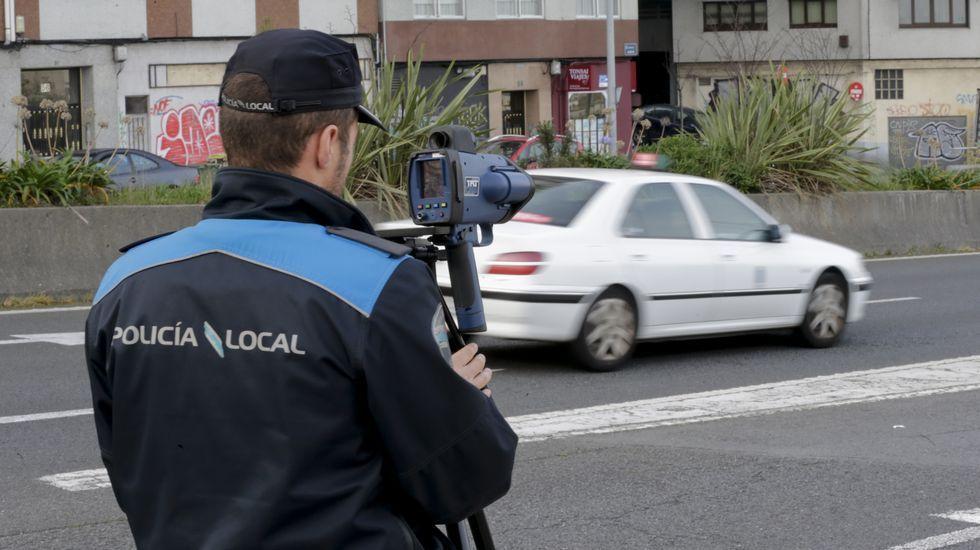 La bola de fuego que cruzó el cielo de Albacete.Los expositores ultimaban la puesta en escena de sus ofertas ayer en el pabellón ferial.