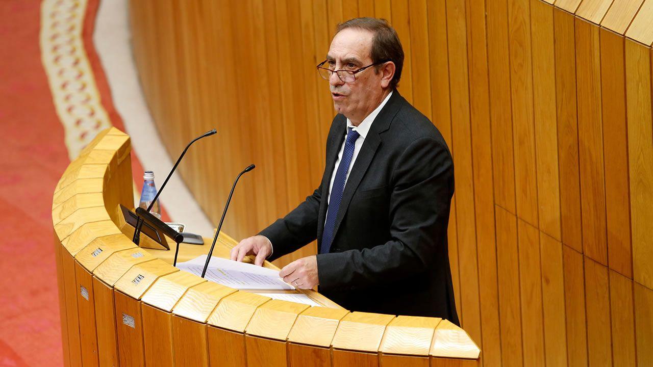 La Xunta, entre los gobiernos autonómicos que rechazan el plan de desescalada del Gobierno.Feijoo y Urkullu, durante una visita del primero a la sede del Gobierno vasco en el 2016