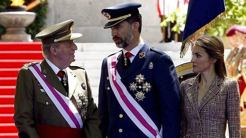 Visita de los príncipes a la Escuela Naval de Marín.Otro día de colas en Gibraltar
