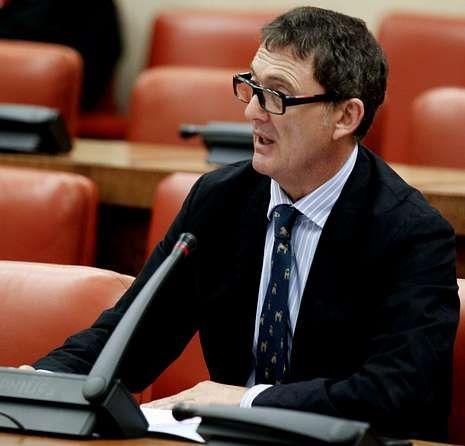 Javier Rodríguez: «Puede haber un riesgo en ponerle un micrófono delante a un médico que está tratando a un enfermo de ébola».Francisco Javier Montemayor.