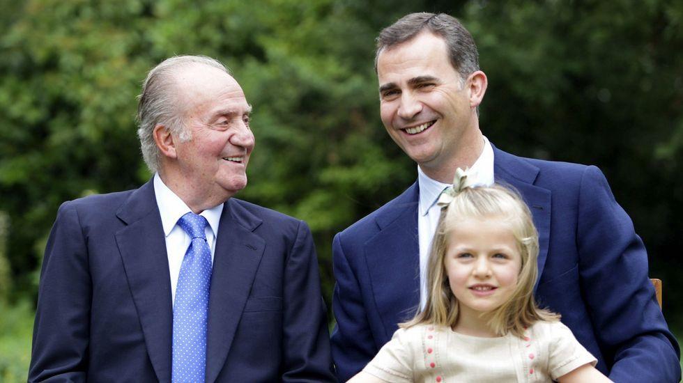 En septiembre del 2012 junto a su abuelo y su padre.