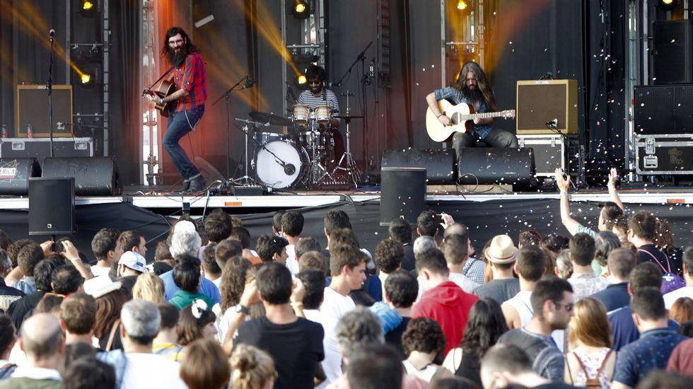 Las mejores fotos del festival PortAmérica.Sérgio Dias (con la guitarra) junto a la formación actual de Os Mutantes