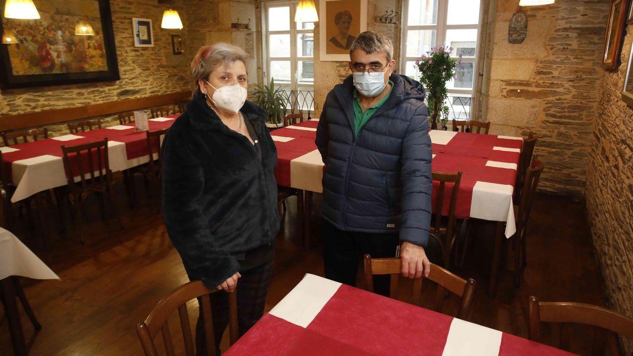 Manuel López y Celia Veiga, los dueños del histórico restaurante A Nosa Terra, en Lugo
