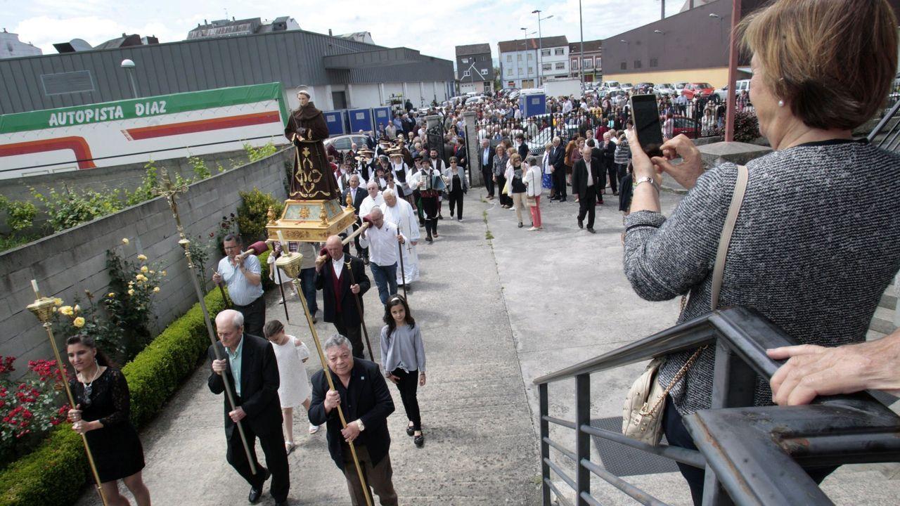 Un momento de la procesión que se celebró en 13 de junio del año pasado, en el día grande de las fiestas de San Antonio