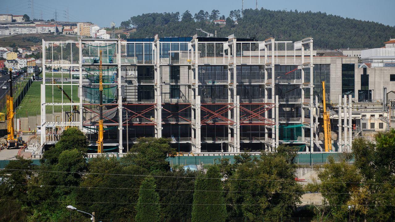 El pleno de Vigo repasa los impuestos para el 2020.Alfredo Canteli preside el pleno del Ayuntamiento de Oviedo
