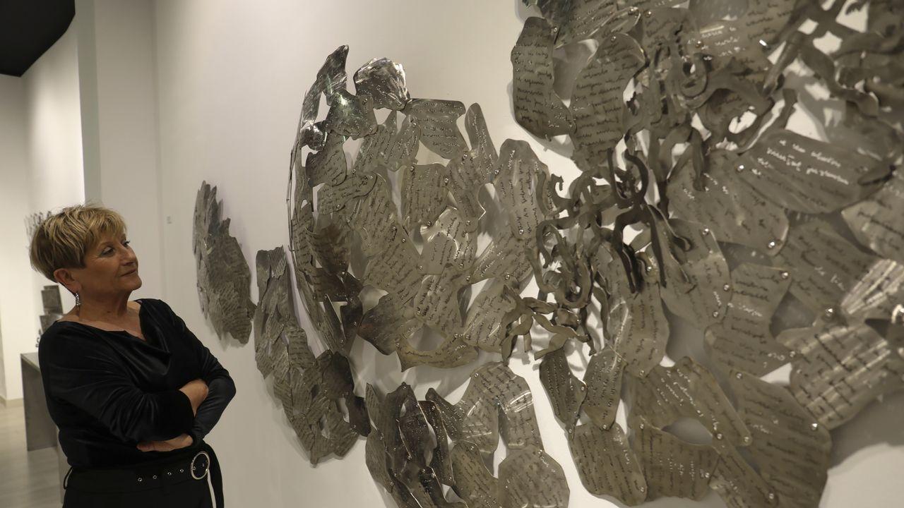 Exposición de Leonardo Da Vinci en Santiago.A intérprete de Ribeira Raquel Castro, que impartiu hai uns días clases en Santiago, empezou co violín aos 16 anos