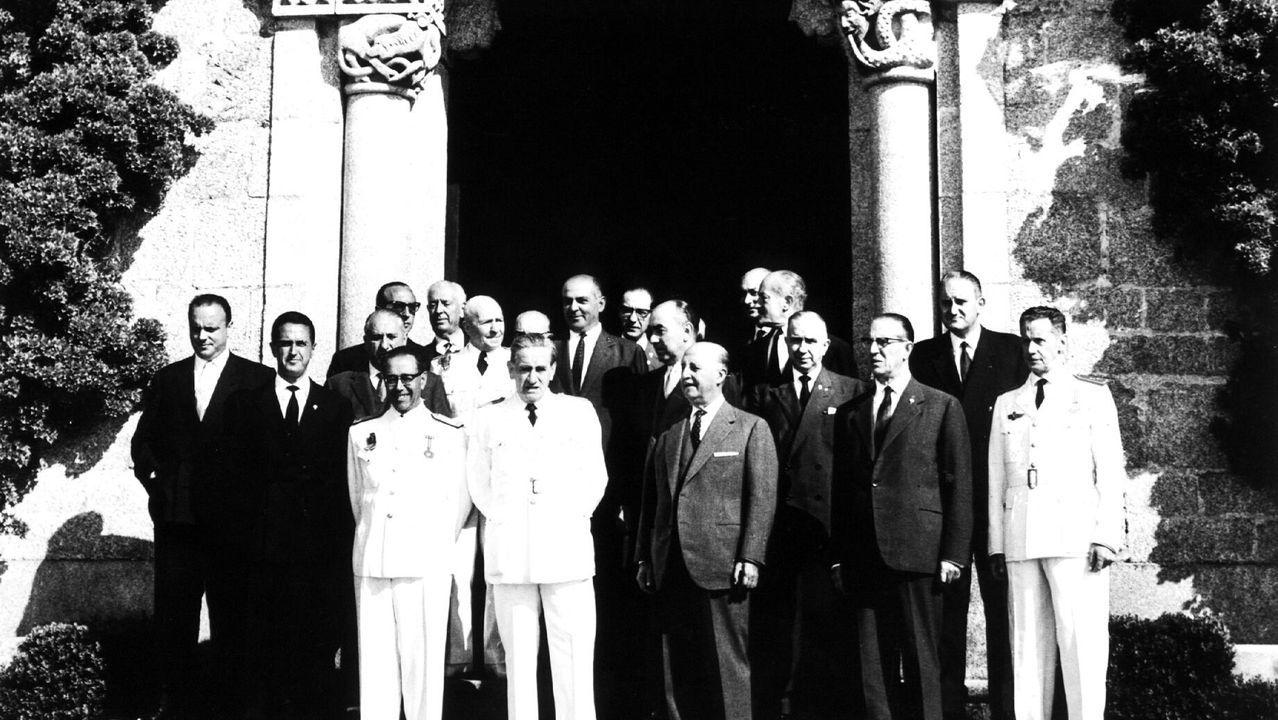 El general Juan Yagüe saluda a Adolf Hitler durante una visita del militar español a Berlín a 1939. Yagüe quedó deslumbrado por la Luftwaffe nazi y quiso imitar su organización en España