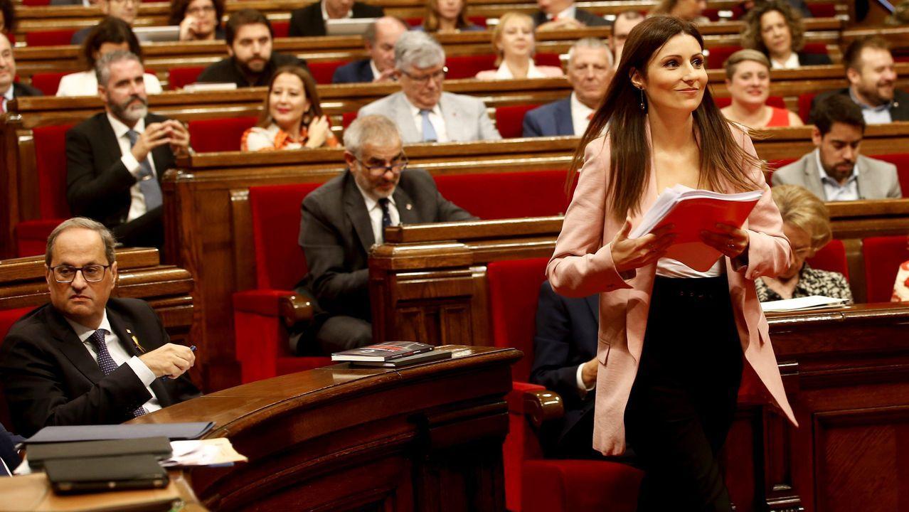 La líder y portavoz grupo parlamentario de Ciudadanos, Lorena Roldán, durante su intervención hoy en el debate de la moción de censura impulsada por Ciudadanos contra el presidente de la Generalitat, Quim Torra