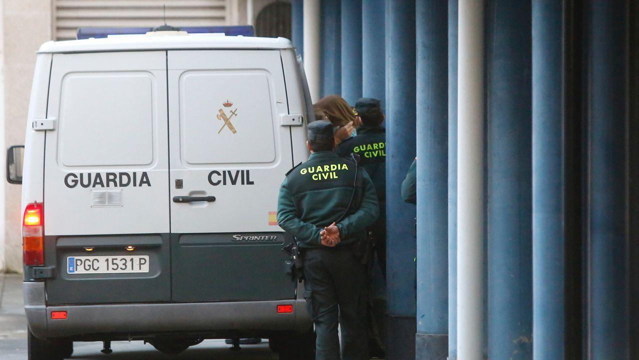 Así ocultaban el hachís los jubilados de Vilagarcía en su caravana.Imagen de archivo de la Guardia Civil