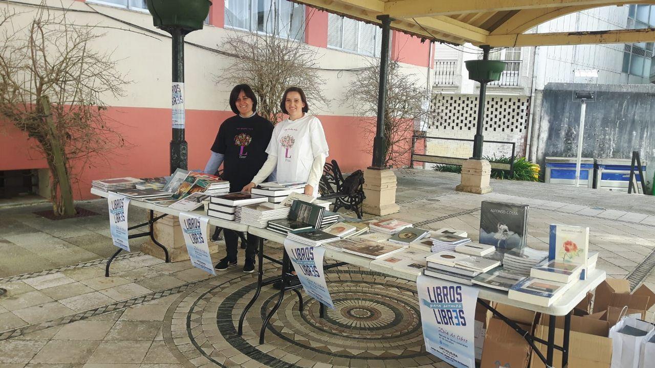 La iniciativa «bookcrossing» forma parte del programa por el que la biblioteca ha sido premiada