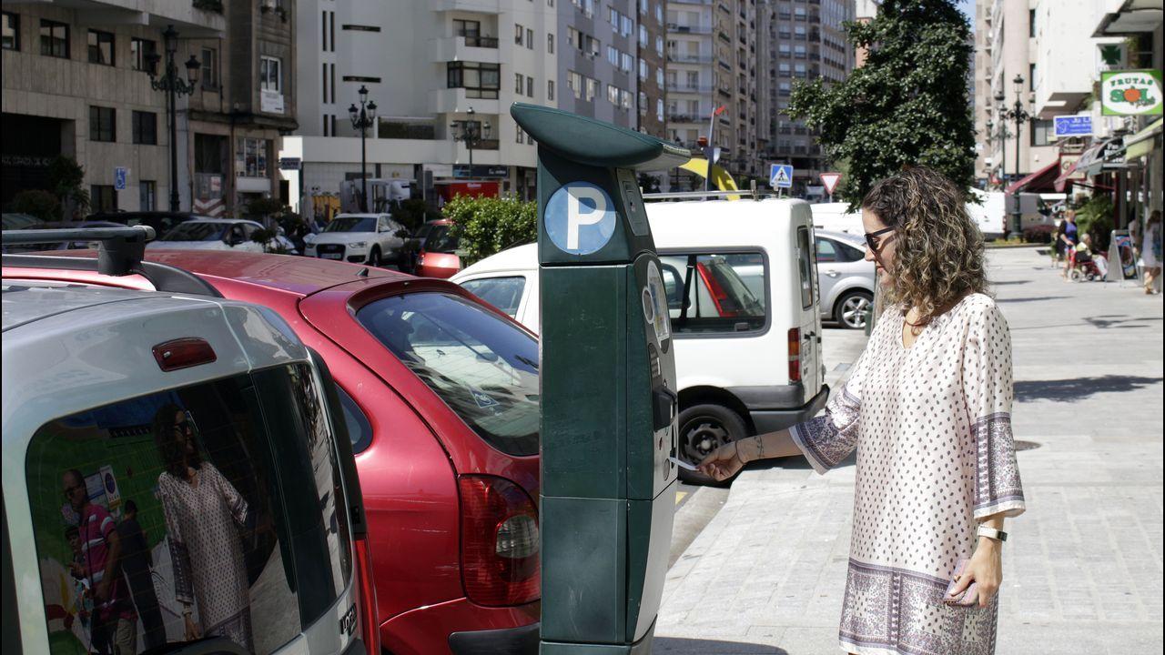 Oriana Méndez y Rubén Pérez de Marea de Vigo, el partido que solicita la alianza de la ciudad a la declaración por la emergencia climática.
