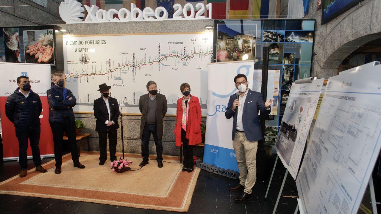 Jornada de protestas de la hostelería gallega.Presentación de las obras de mejora de la eficiencia energética que se llevarán a cabo en el albergue de Pontevedra