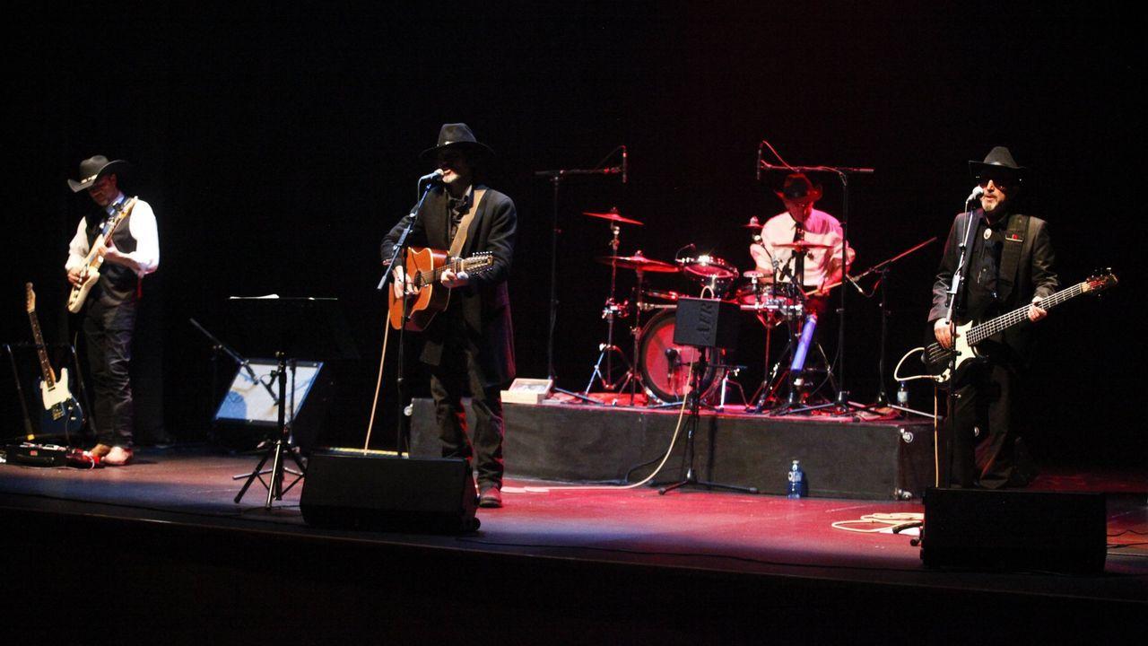 La mascarilla se incorpora al traje gallego.Tanxugueiras presentará en primicia en el festival su segundo disco, «Contrapunto»